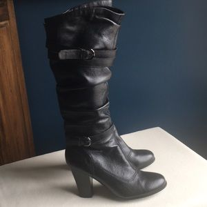 Like new Steve Madden tall leather boots sz 10